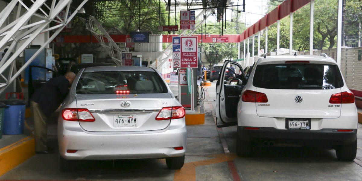 Verificación aumentará 12 pesos en la CDMX para 2017