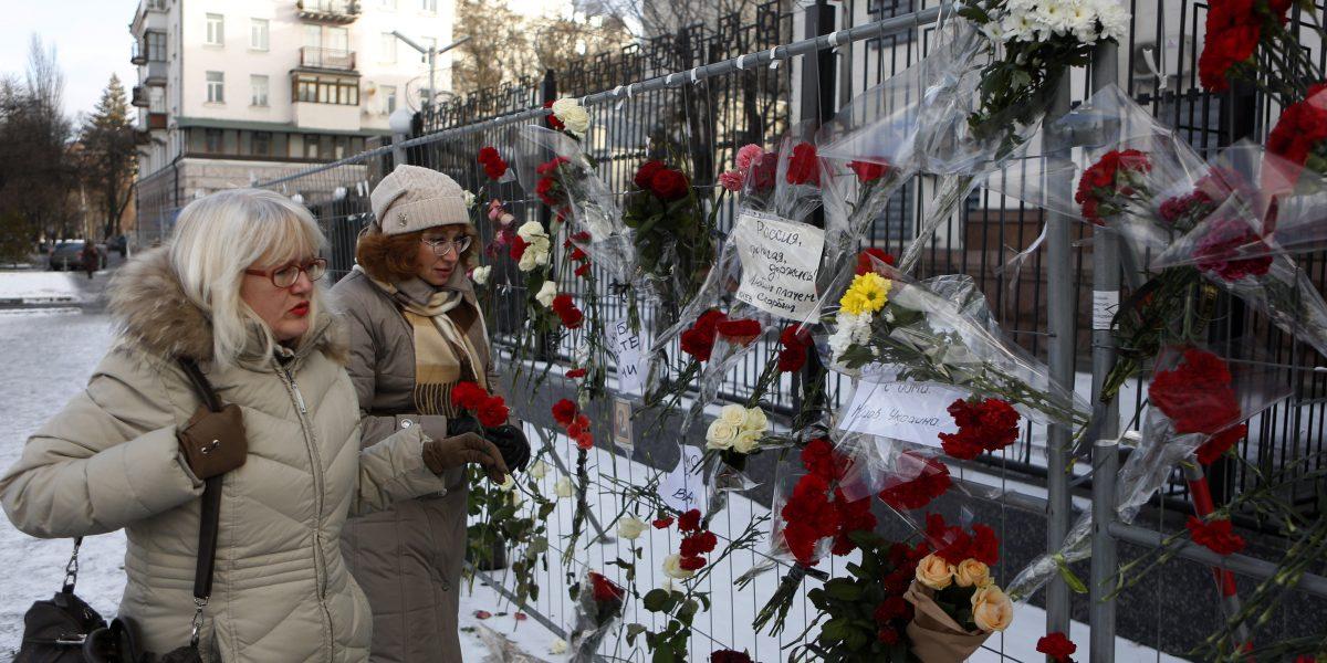 Inician lectura de caja negra de avión Tu-154 ruso tras su rescate