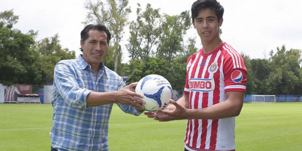 Hijo de Benjamín Galindo entrenó con el primer equipo de Chivas