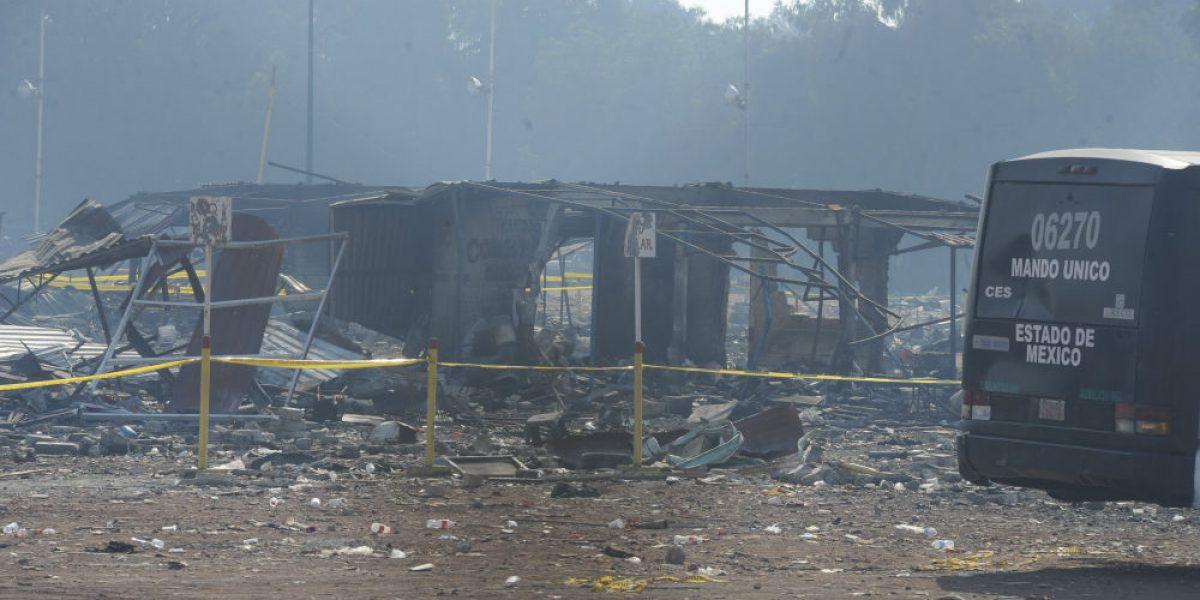 Dan de alta a niño herido por explosión en Tultepec
