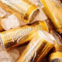 06-cerveza-victoria-oro. Imagen Por: Nueva Victoria Oro Edición Limitada, una deliciosa cerveza tipo Lager inspirada en la receta de 1910 | Foto: Facebook Cerveza Victoria Oficial.