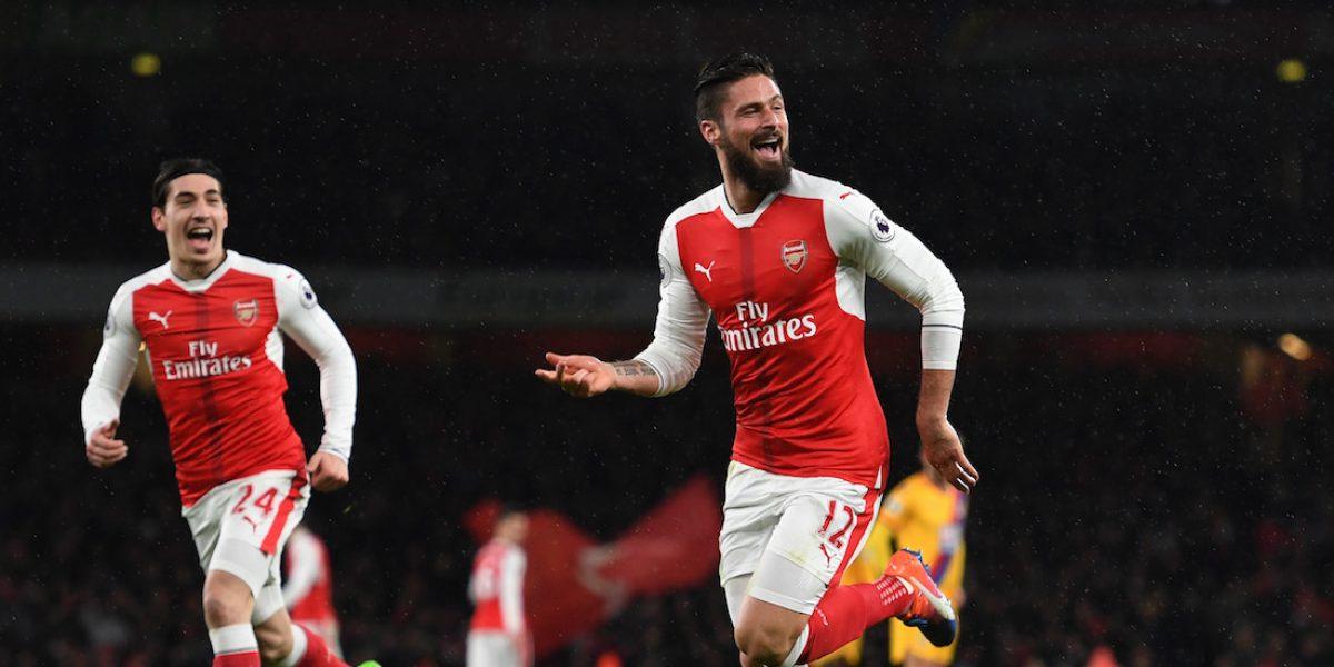 Arsenal y Tottenham inician el 2017 con victorias