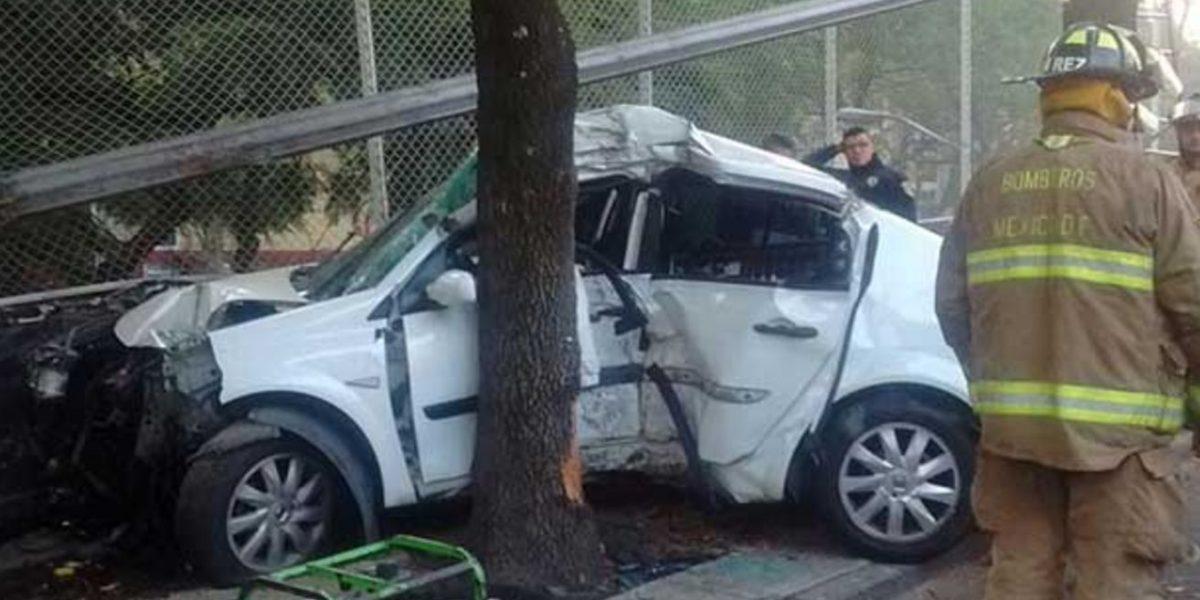 Muere mujer en choque tras perseguir a motociclista en avenida Universidad