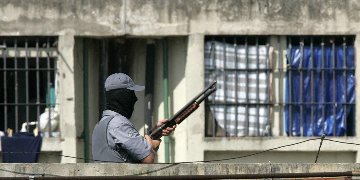 Aumenta a 60 el número de muertos tras motín en cárcel brasileña