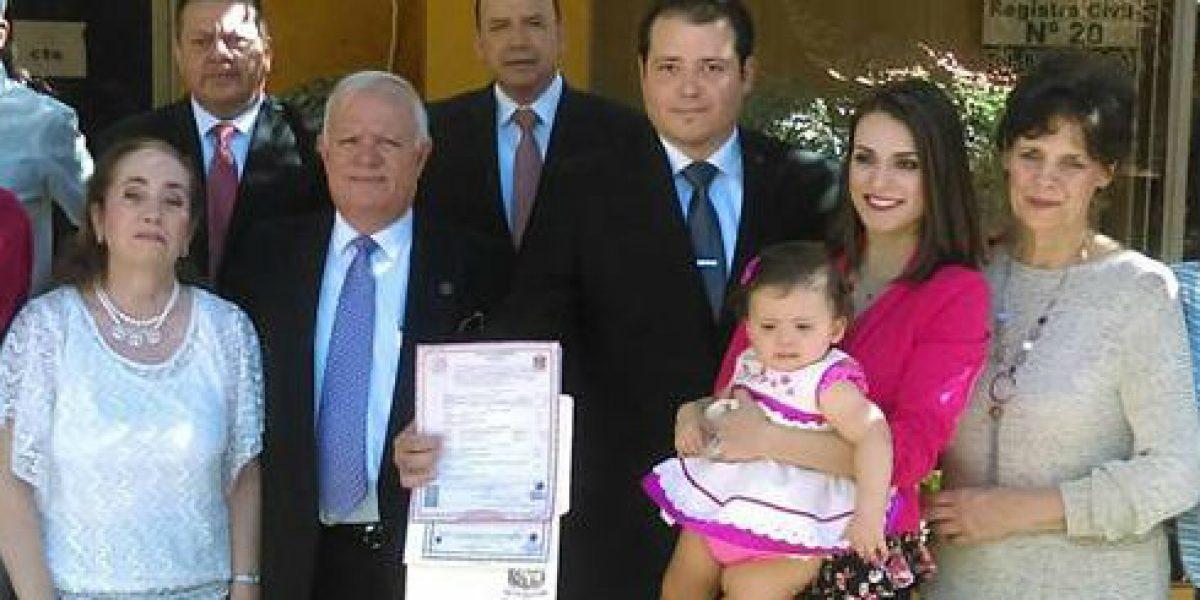 Registran en NL a primer menor en México con apellidos maternos