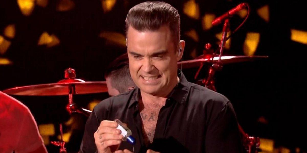 Video: El polémico momento en que Robbie Williams