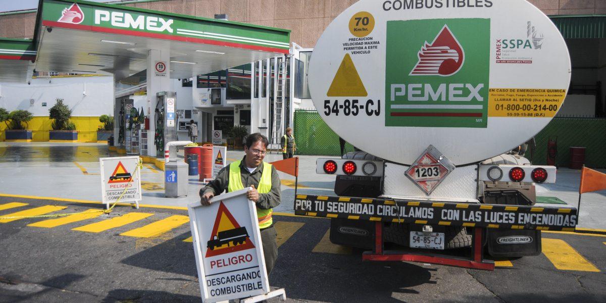 Conago se reunirá con Meade para discutir aumento a la gasolina