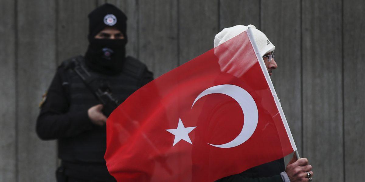 Turquía: ya son 16 los detenidos por participar en atentado de Año Nuevo