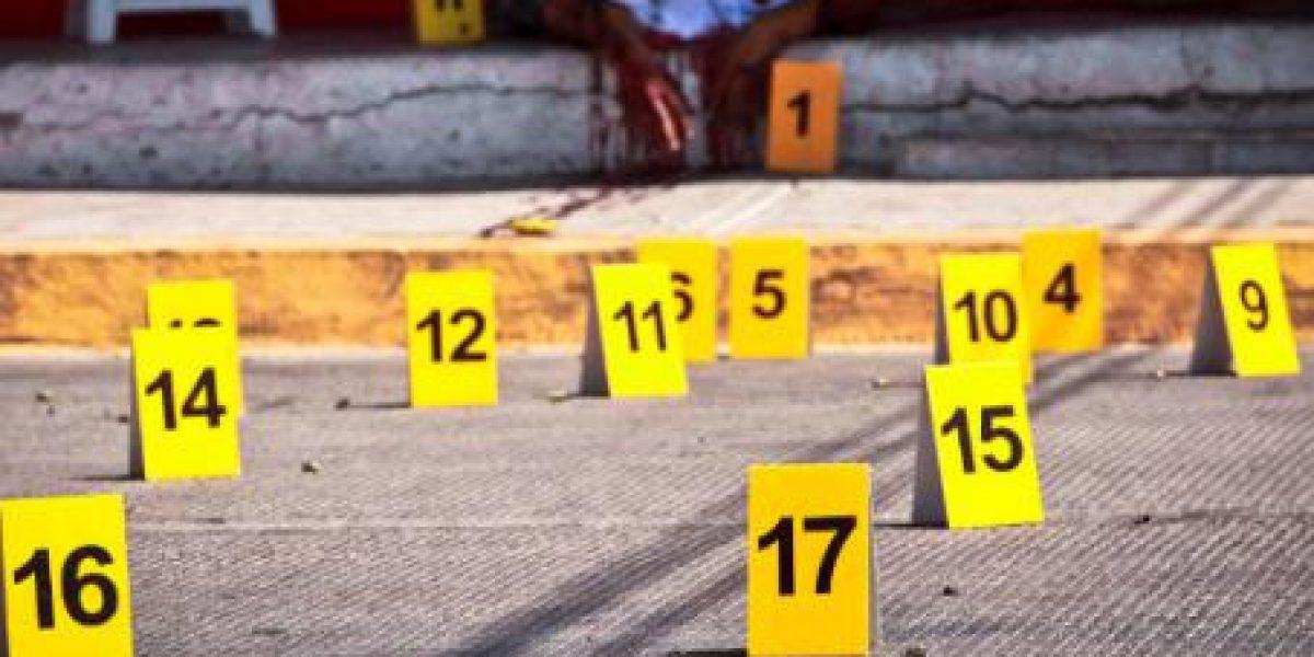 Asesinan a balazos a seis comerciantes en tianguis de Acapulco