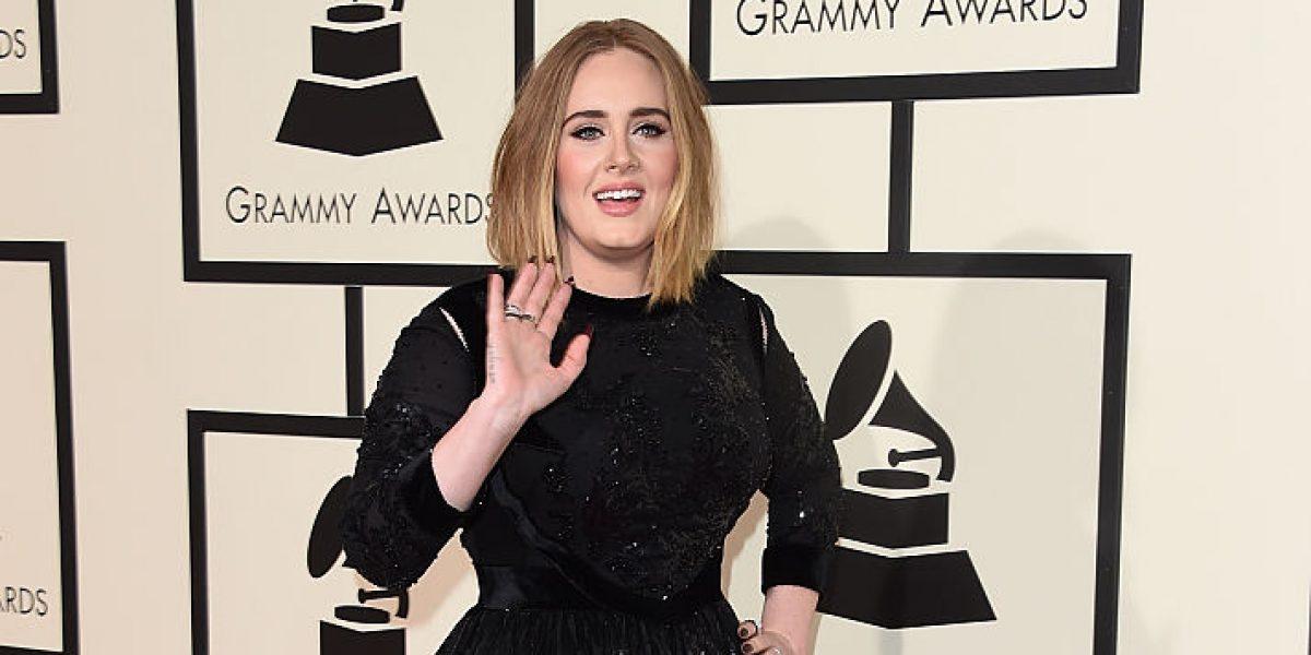 Reportan que Adele se casó en secreto durante las fiestas