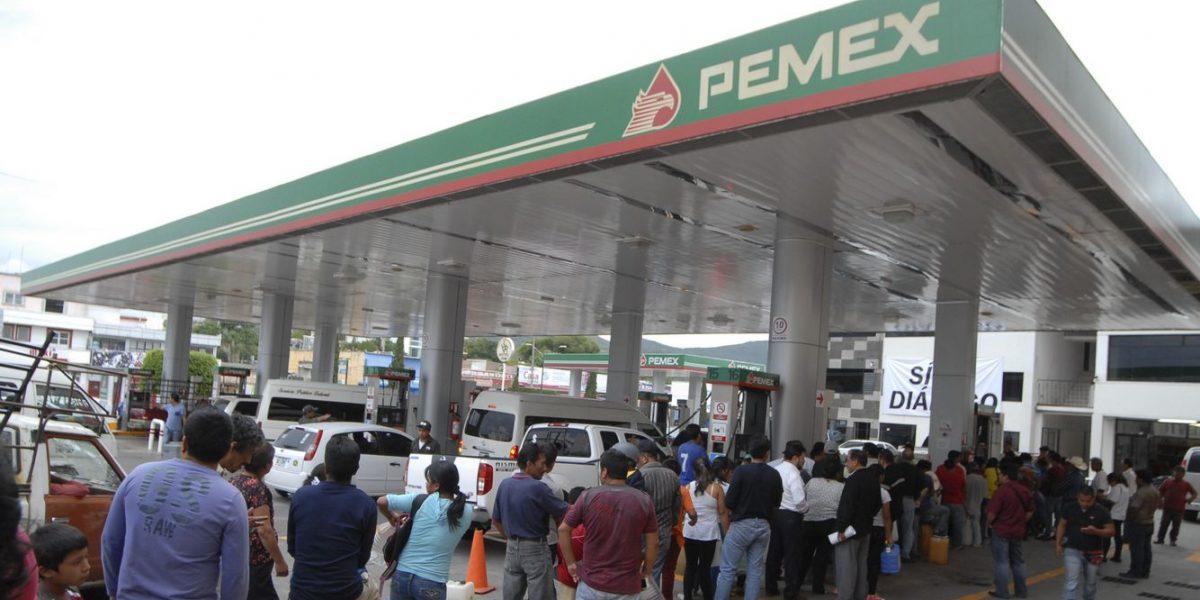 Onexpo pide reunión urgente con Hacienda y Cofece por gasolinazo