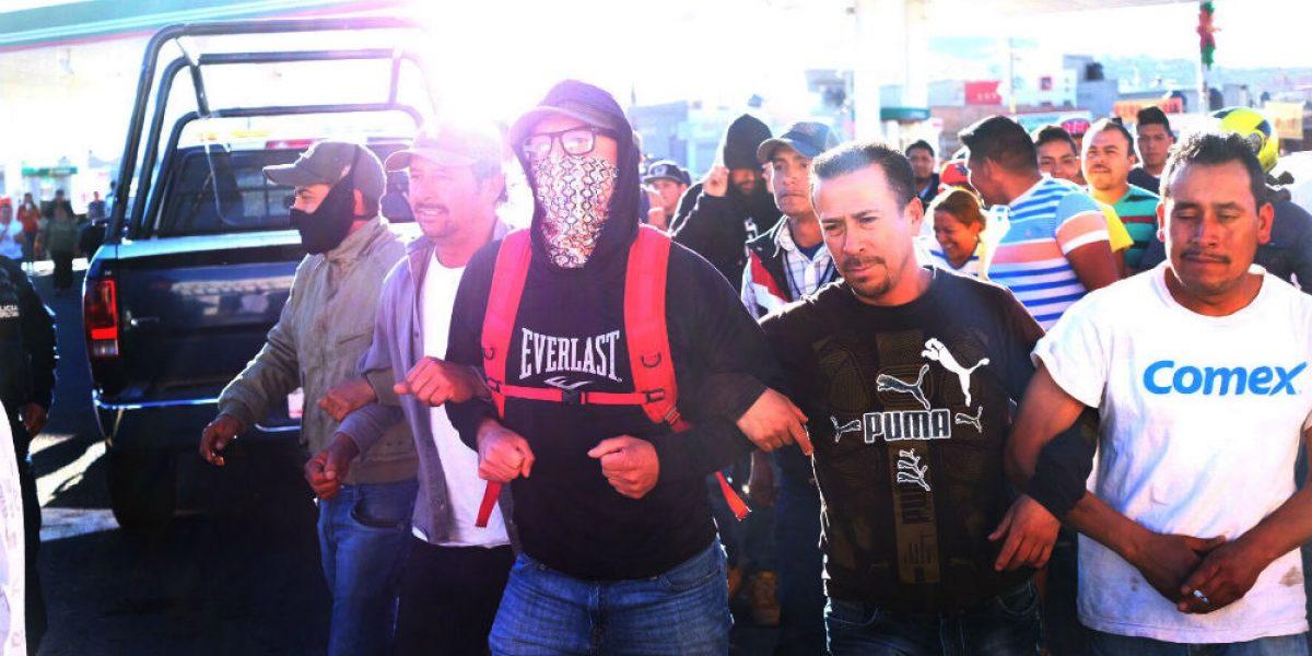 Grupo gasolinero prevé cerrar mil 800 estaciones por vandalismo