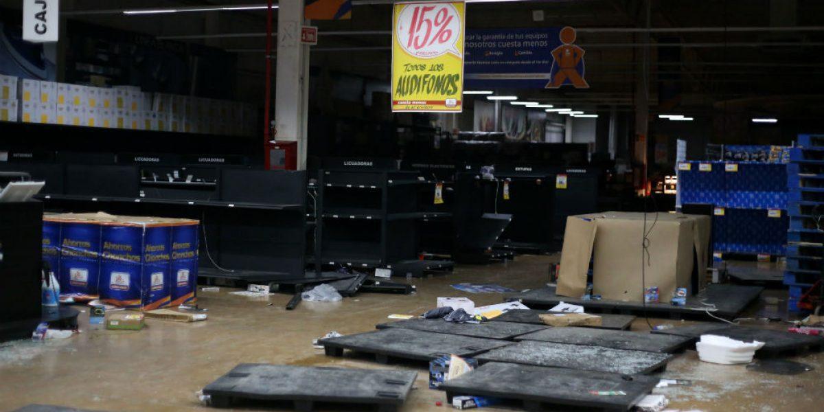ANTAD reporta al menos 250 tiendas saqueadas en su totalidad