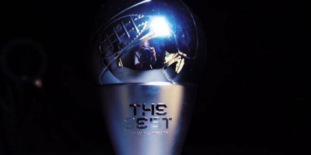 FIFA revela el elegante trofeo para