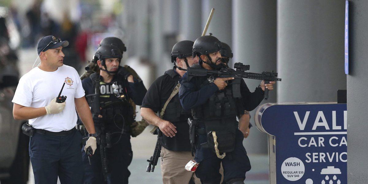 Identifican a presunto agresor de aeropuerto en Florida