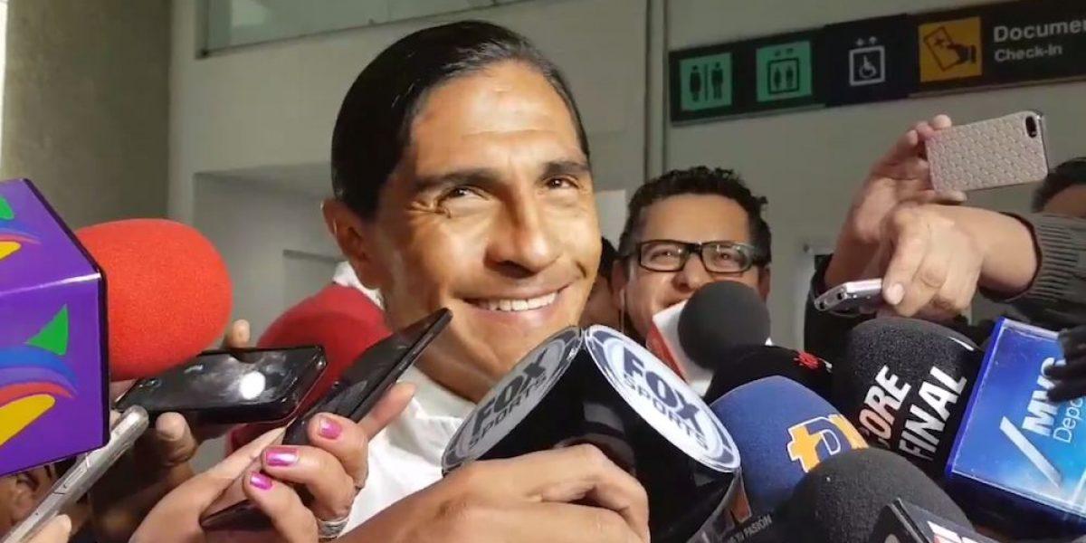 VIDEO: Niña le grita a Francisco Palencia: ¡Arriba las Chivas!