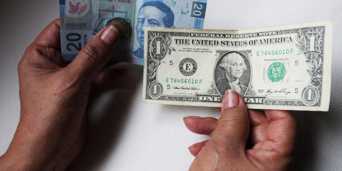 Dólar a la venta en 21.52 pesos en CDMX