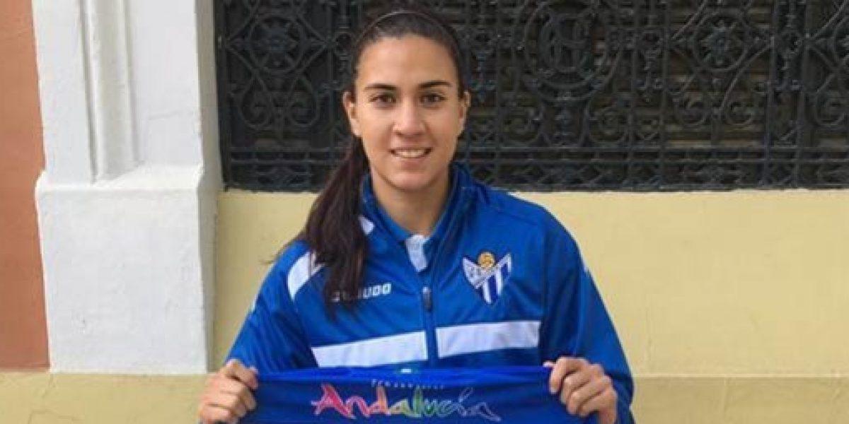 Nayeli Rangel debuta en el futbol de España