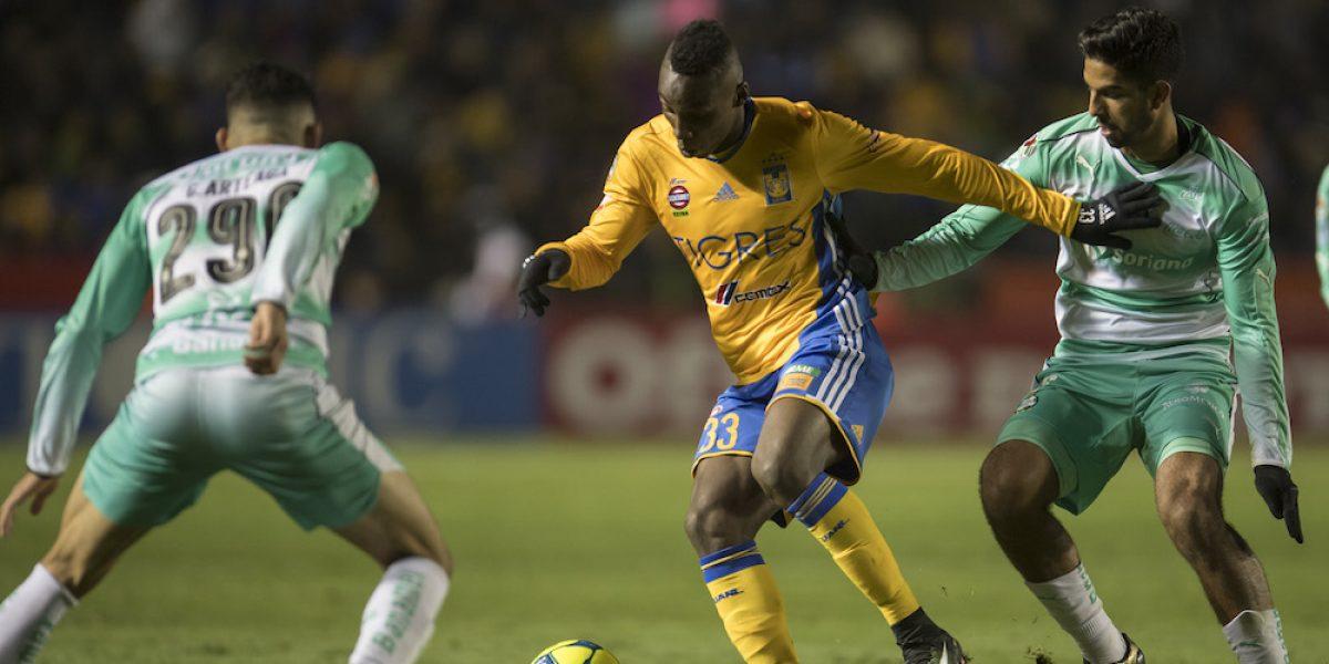 Campeón Tigres tiene discreto arranque en Liga MX al empatar con Santos