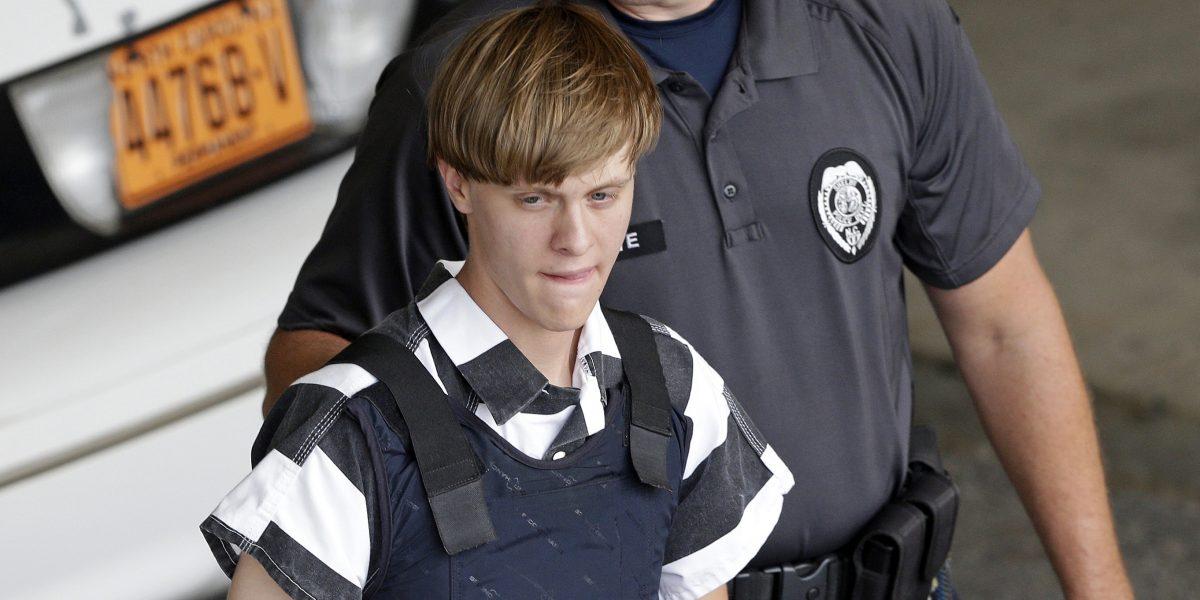 Sentencian a muerte a Dylann Roof, autor de matanza en Charleston