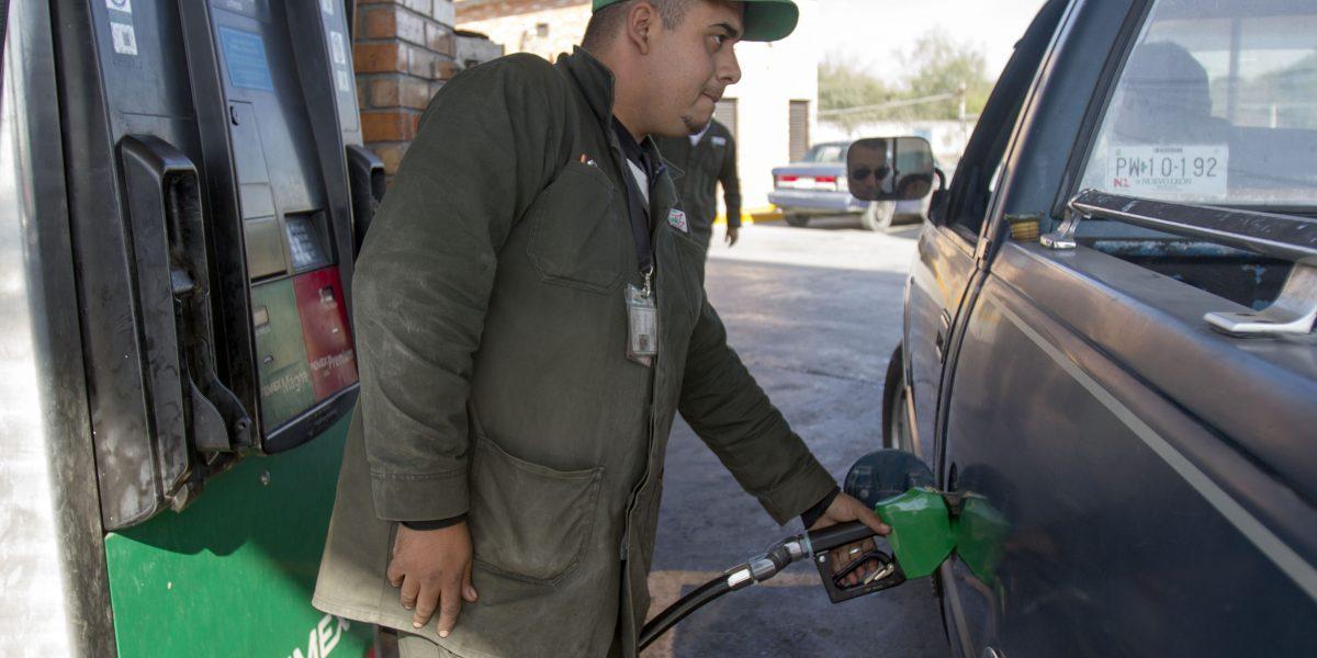 Al menos 180 estaciones de gasolina están cerradas en zona fronteriza