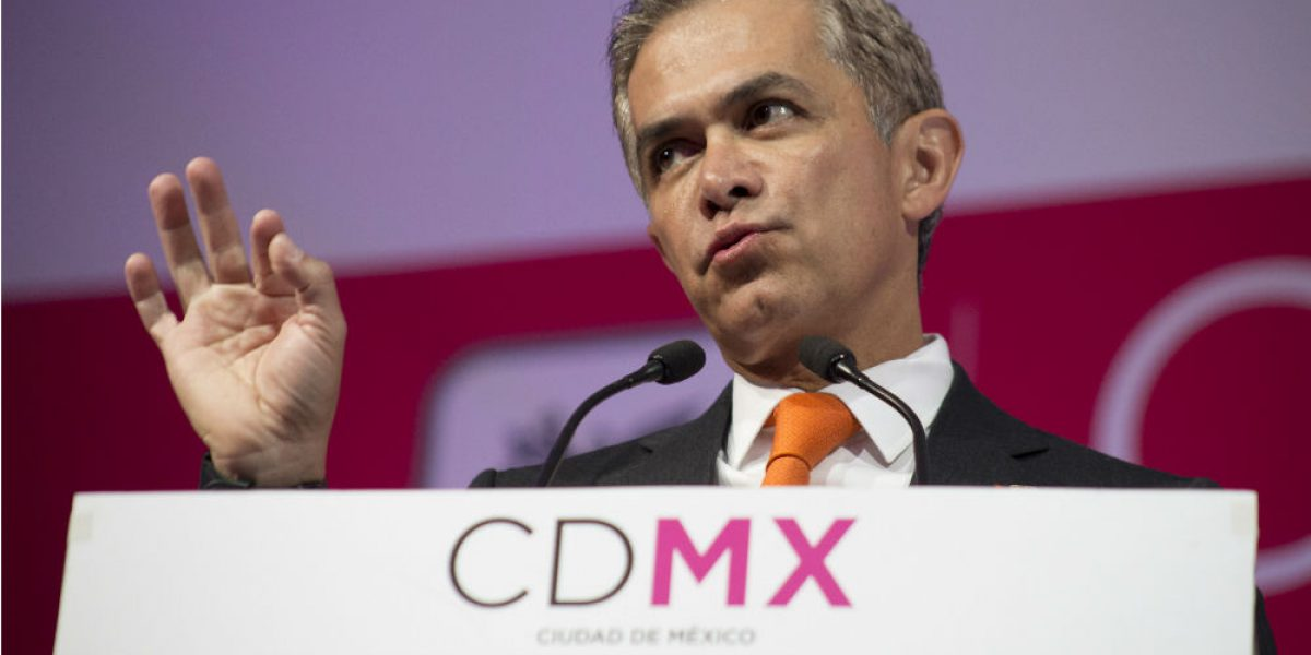 """Creo que se están equivocando"", dice Mancera sobre plan económico"