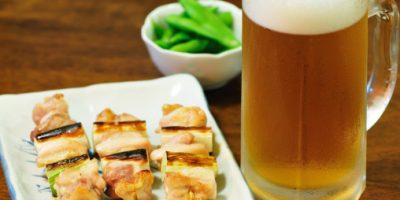 ¿Por qué beber alcohol te provoca hambre?