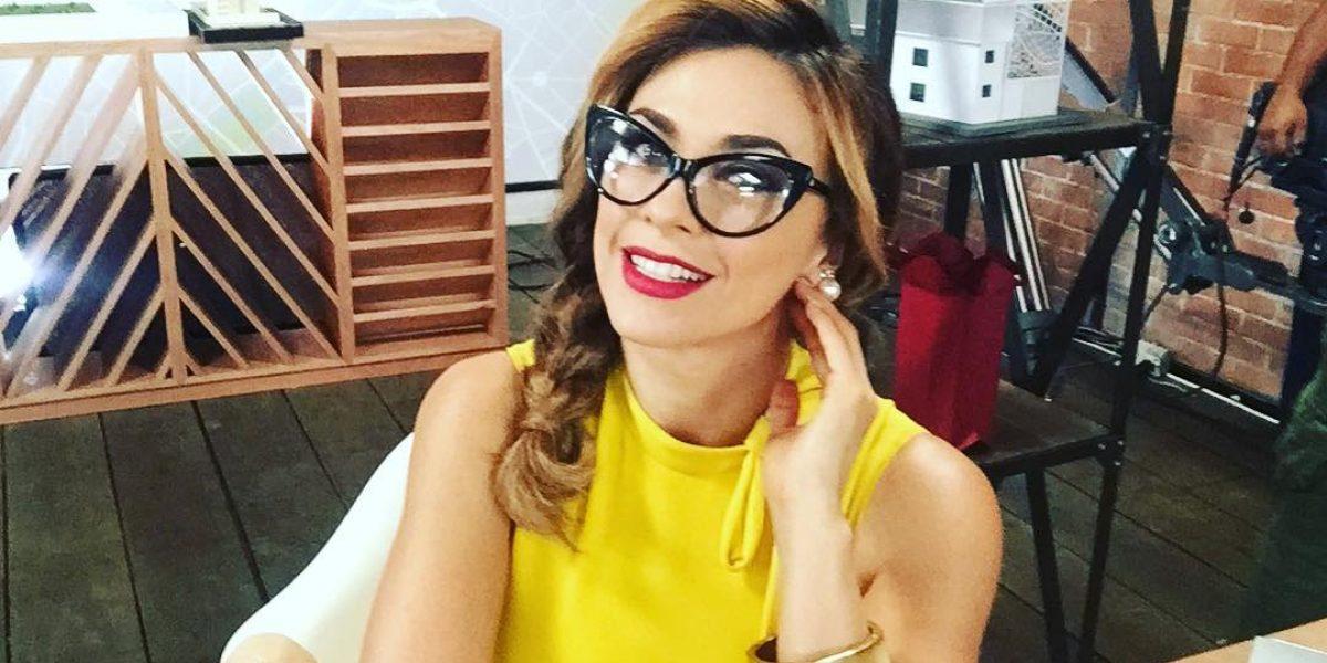 Aracely Arámbula se molesta con diario por criticar su foto