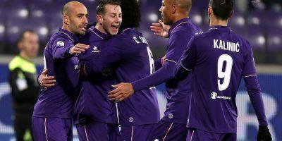 Sin Carlos Salcedo, Fiorentina accede a Octavos en Copa de Italia