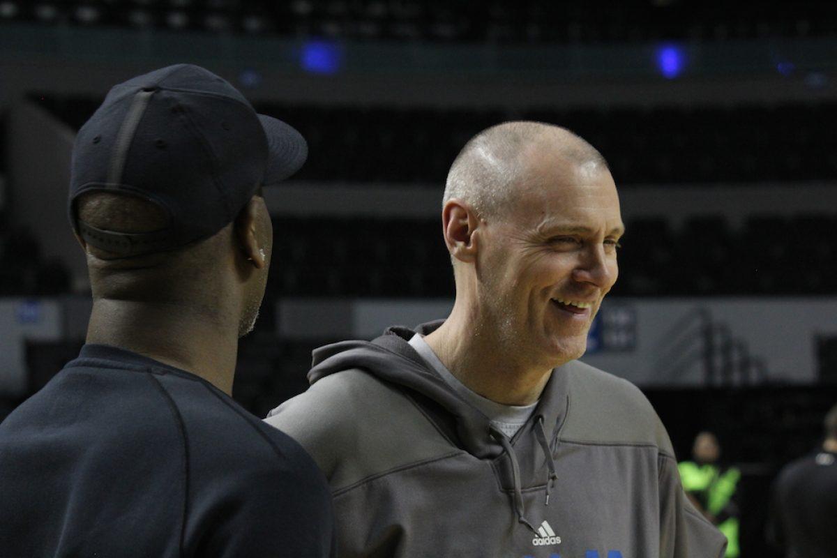. Imagen Por: El coach de los Mavericks Rick Carlisle. / Iván Salazar/Publimetro