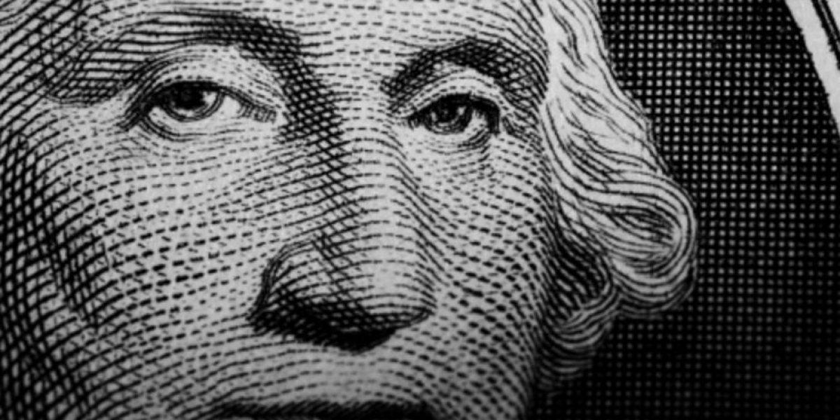 Dólar cierra en 22.32 pesos en bancos de la CDMX
