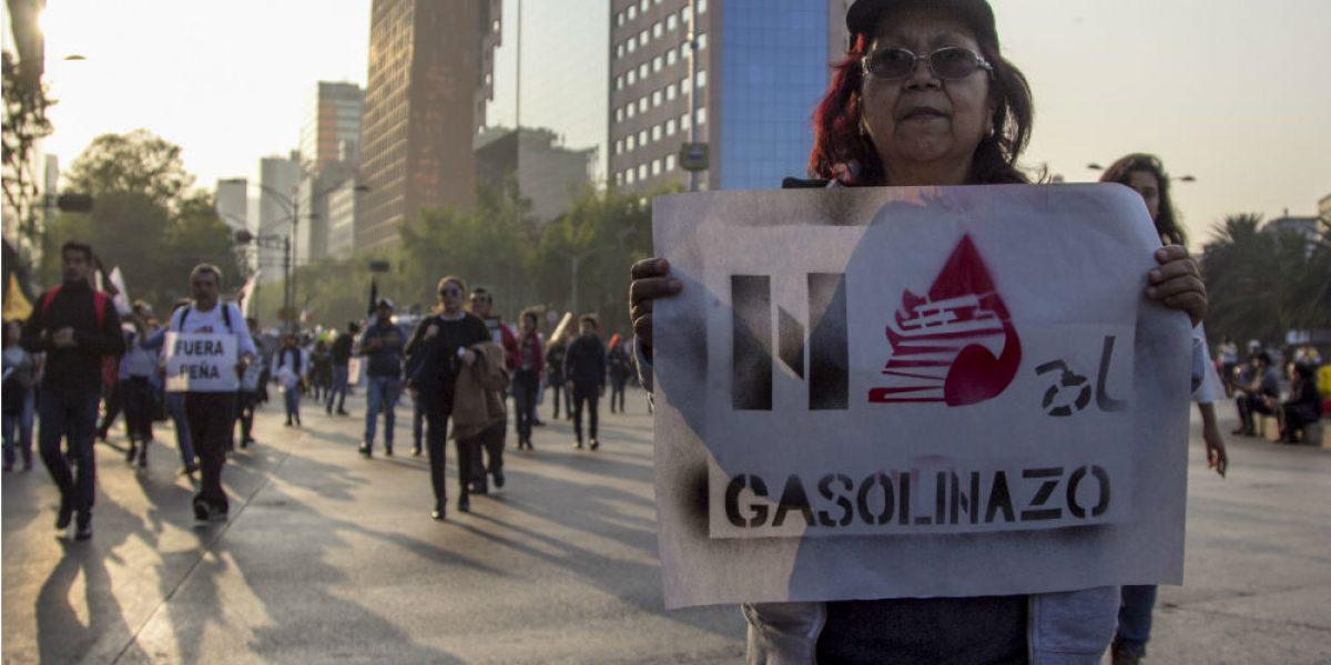 """Desecha SCJN primeros amparos contra """"gasolinazo"""""""