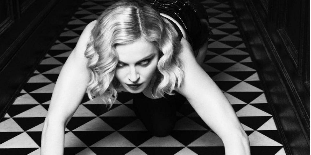 Madonna invita a mujeres a marchar con foto íntima