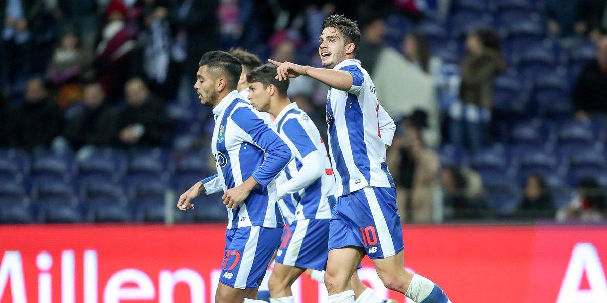 Porto se mantiene en la persecución del líder con Herrera y Corona