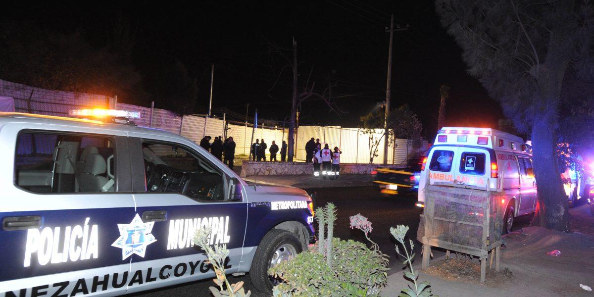 Asesinan a paramédicas y policía en el Bordo de Xochiaca