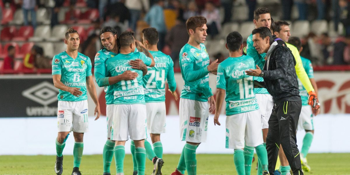León vence a Necaxa con gol del 'Gullit' Peña