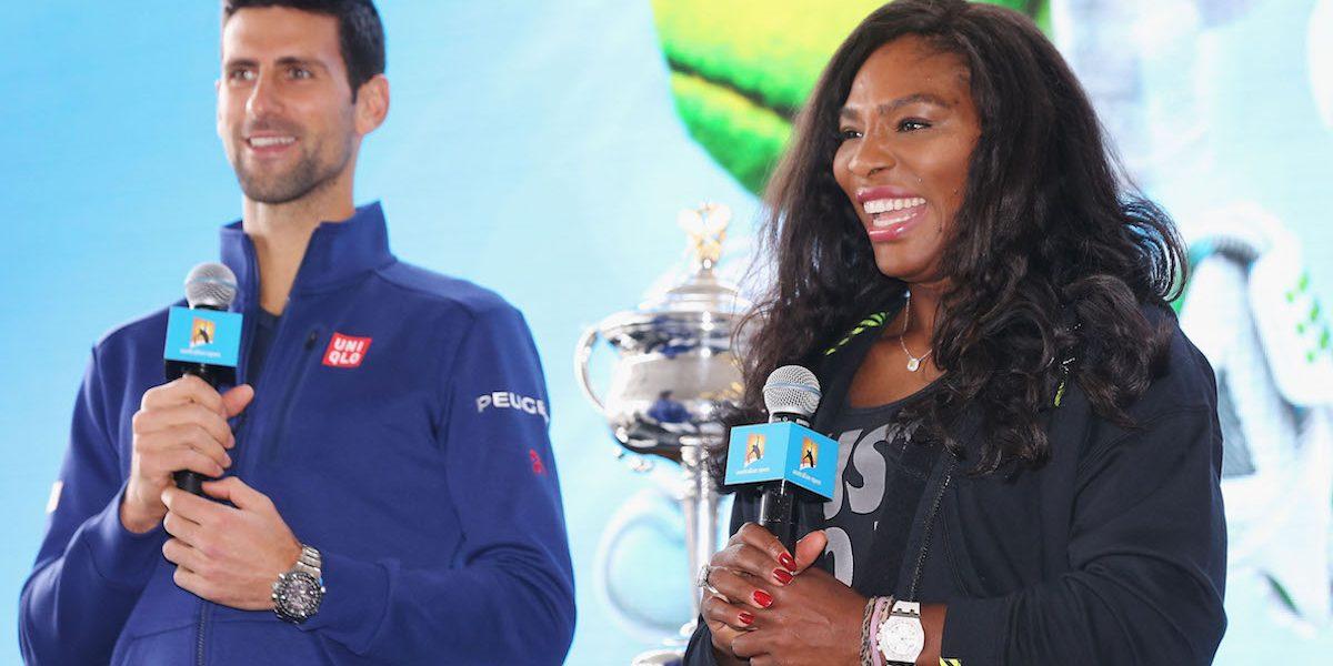 Djokovic y Serena Williams cumplieron en la primera ronda del Australia Open