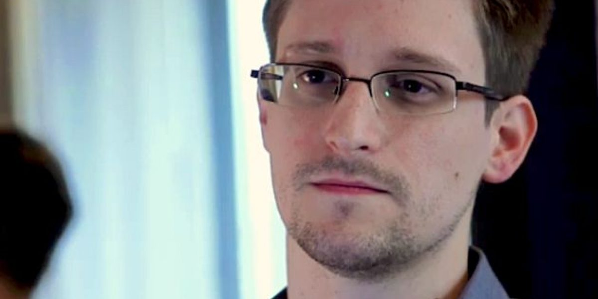 Rusia extiende permiso de residencia a Edward Snowden hasta 2020