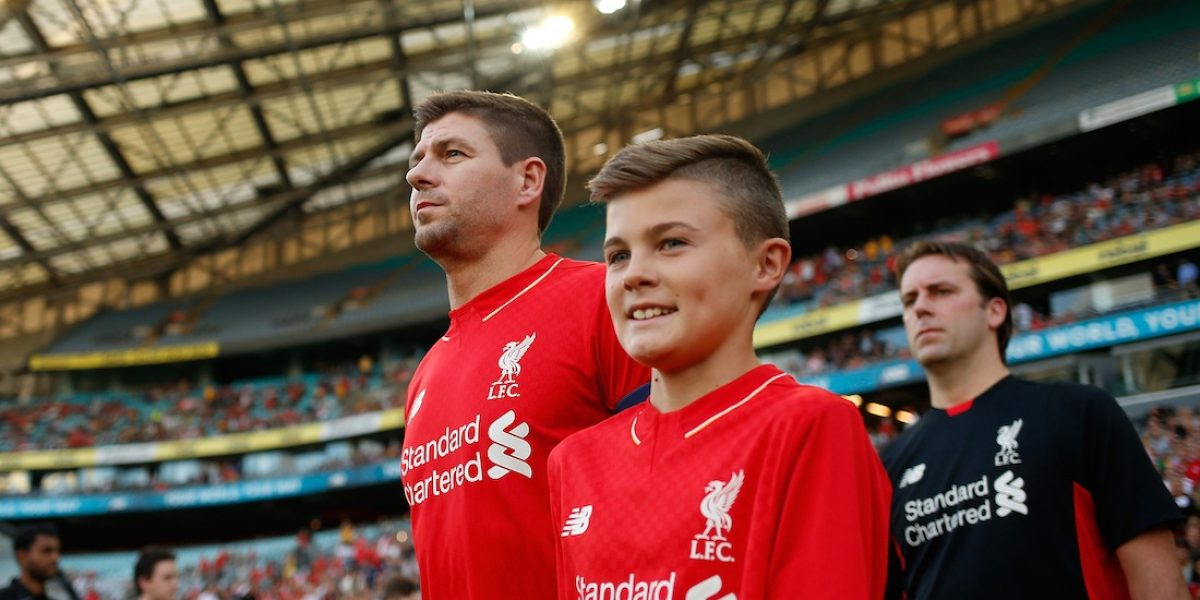 Steven Gerrard, nuevo DT del Liverpool