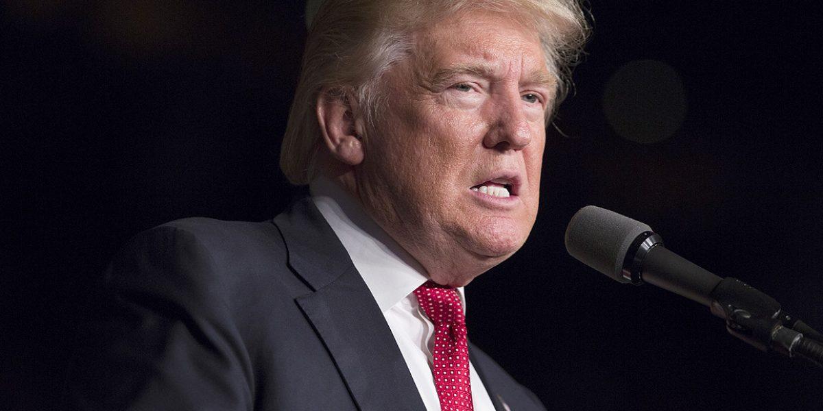 Trump expresa apoyo total a la CIA tras diferencias