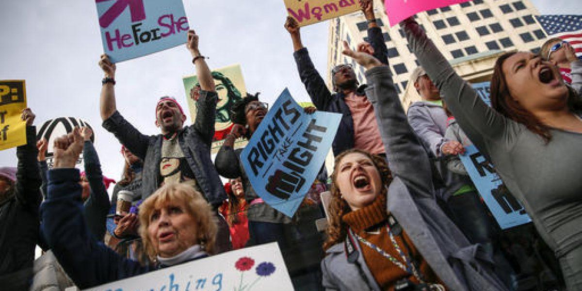 Millones de mujeres marchan en el mundo contra Trump