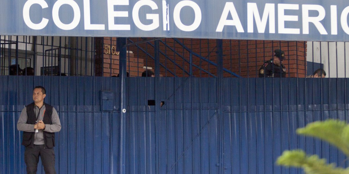 Heridos por tiroteo en colegio de Monterrey evolucionan favorablemente