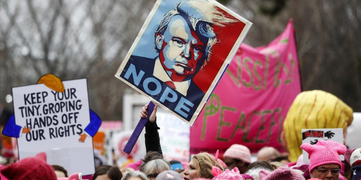 Miles de mujeres protestan en contra del presidente Donald Trump