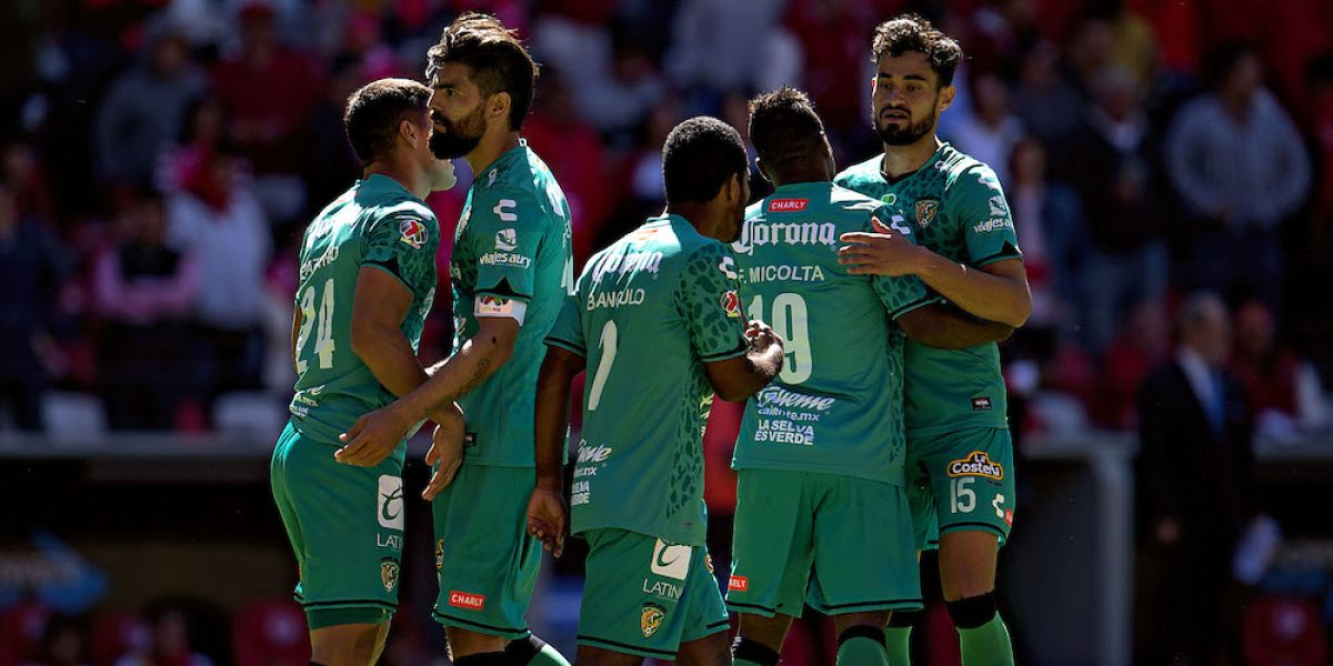 Jaguares sorprenden y vencen al Toluca
