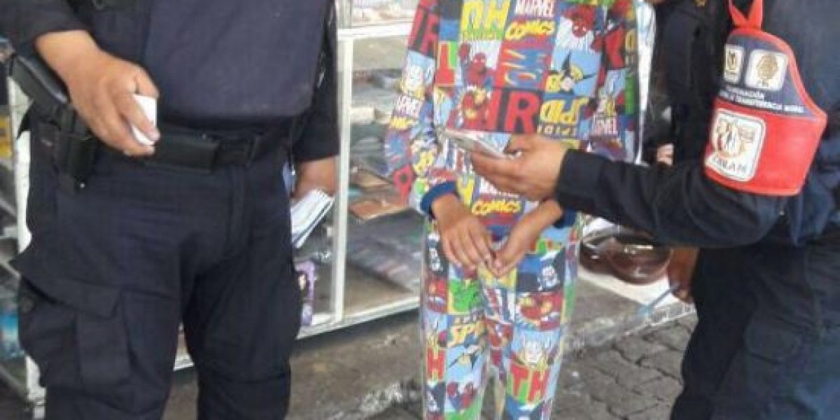 Auxilian a niño en pijama; deambulaba en Metro Indios Verdes