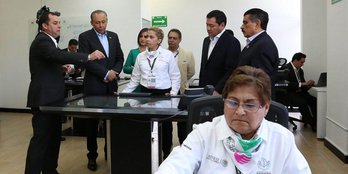 Llama Osorio Chong a padres de familia a vigilar contenido consultado en internet por sus hijos