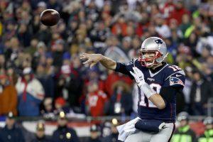 © 2017 Getty Images. Imagen Por: Brady lanzó para 384 yardas. / Getty Images