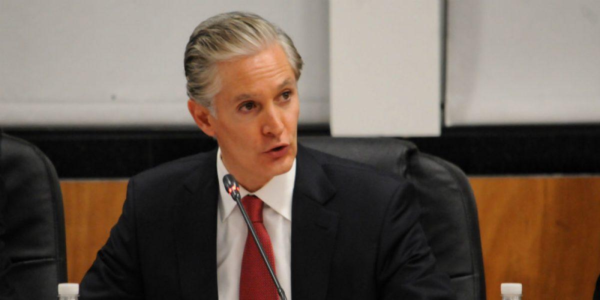Alfredo del Mazo pide licencia como diputado; va por candidatura del PRI para Edomex