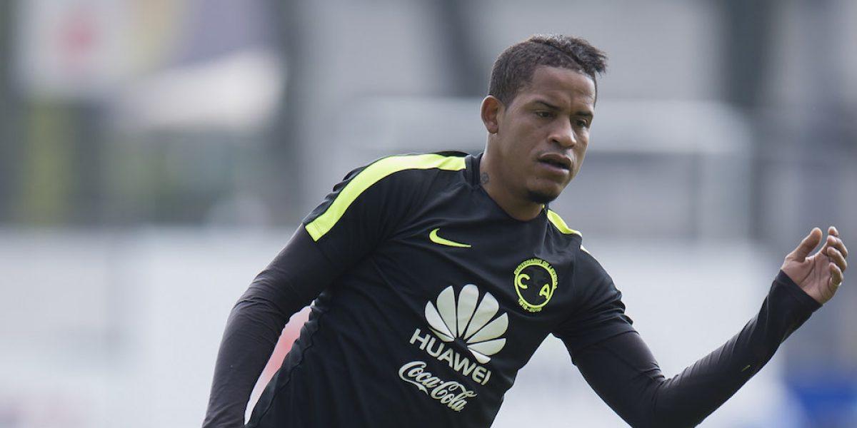 Michael Arroyo juega con el Sub-20 del América