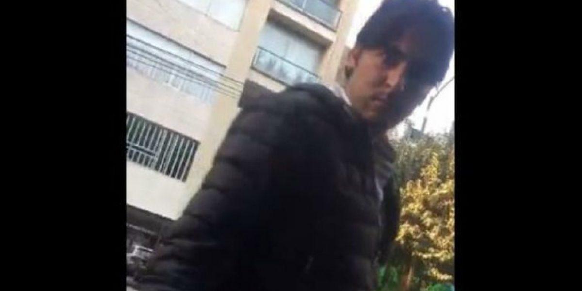 VIDEO: #LordBora insulta y destruye auto de mujer